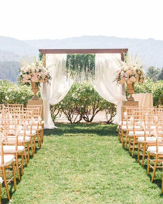 26 Stunning Outdoor Wedding Ideas on a Budget