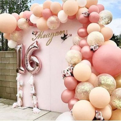 40+ Fun and Creative Balloon Wedding Decoration Ideas
